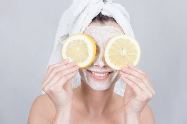 How to make egg face mask?