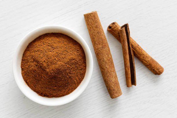 Beauty hacks with cinnamon