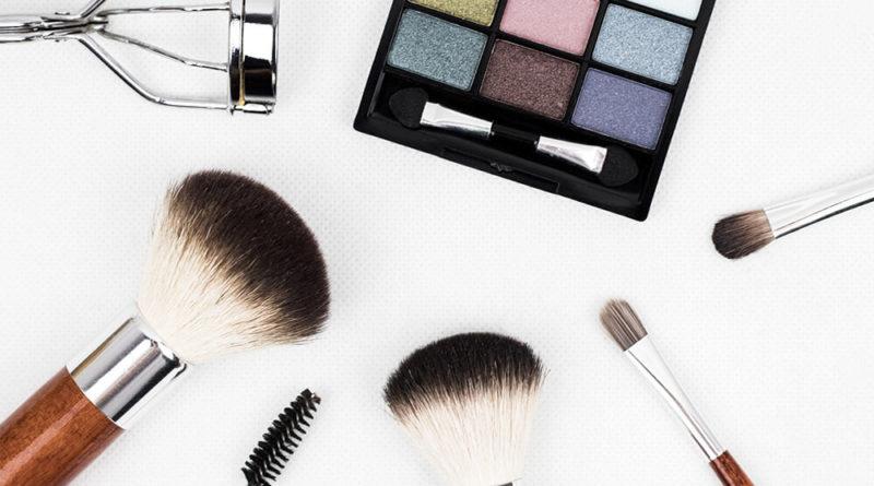 11 beauty hacks every girl needs to know