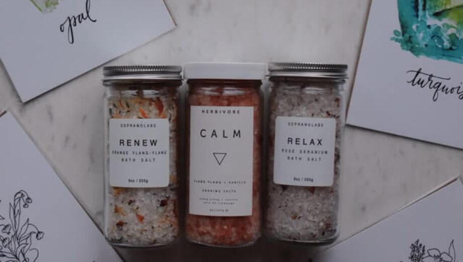 Food coloring in Bath Salts