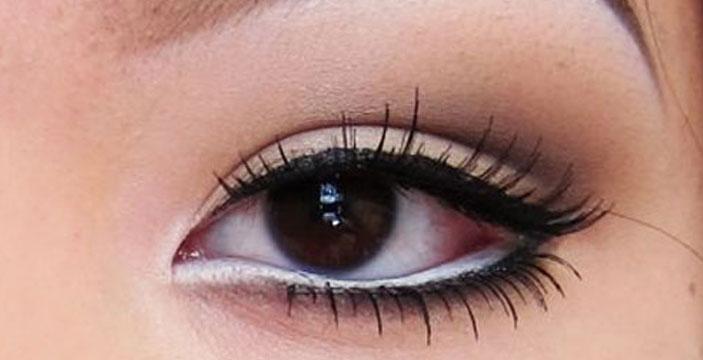 College Beauty Hacks: Make Your Eyes Look Bigger