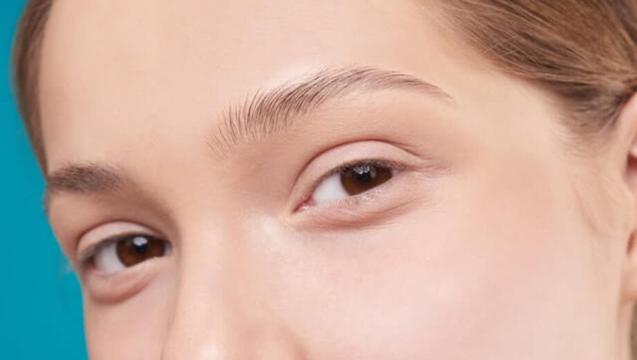 close-up-photo-of-a-woman-s-eyes-3373714-2-1