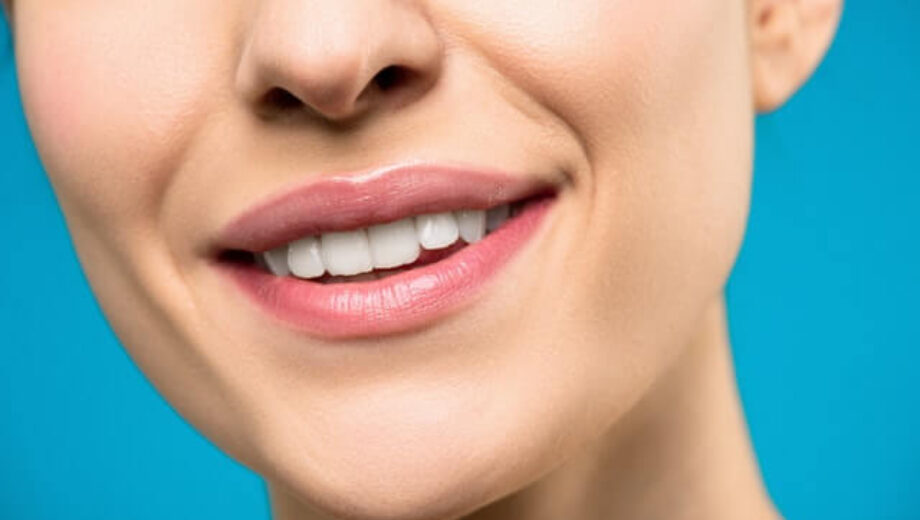 close-up-photo-of-woman-with-pink-lipstick-smiling-3762402-1