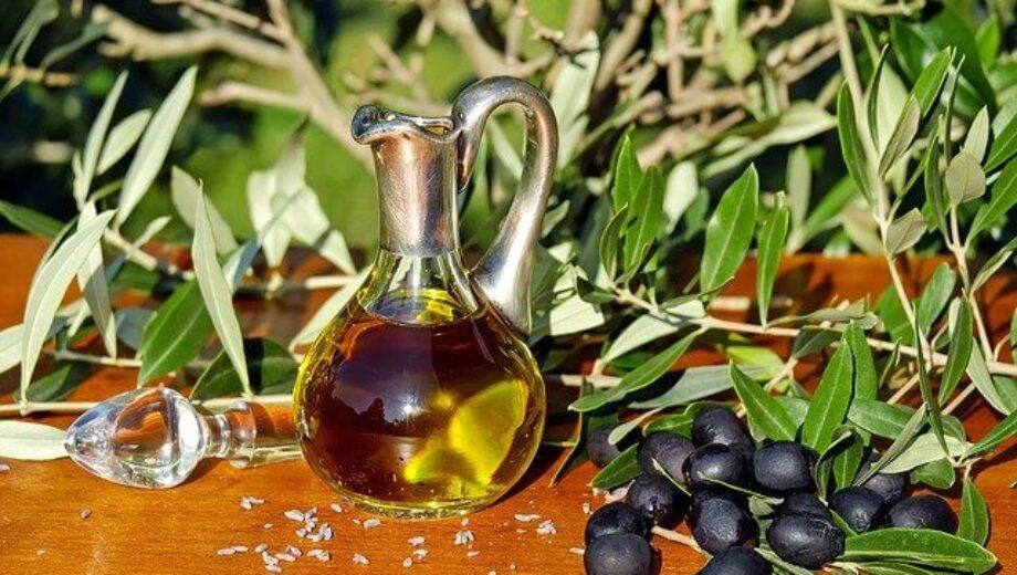 olive-oil-1596639_640 (1)