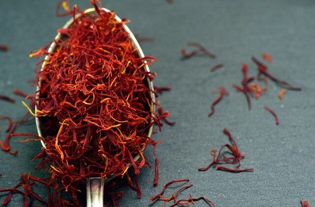 saffron for face mask