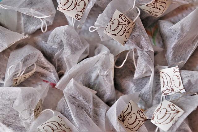 tea bags- eye mask
