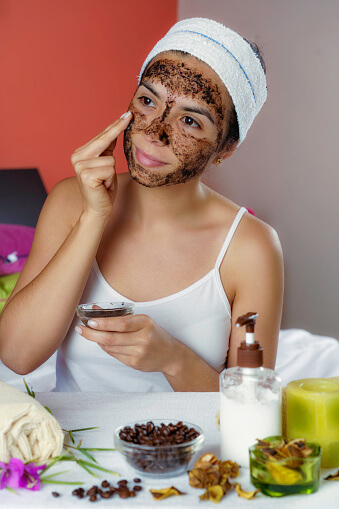 coffee and honey face mask