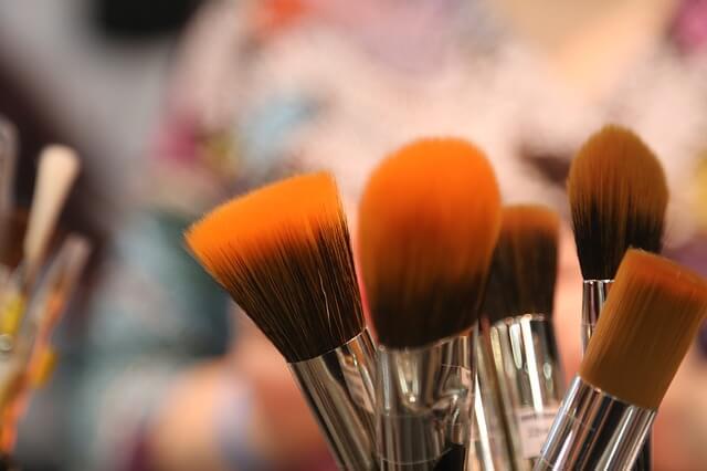 brushes-2224005_640 (1)