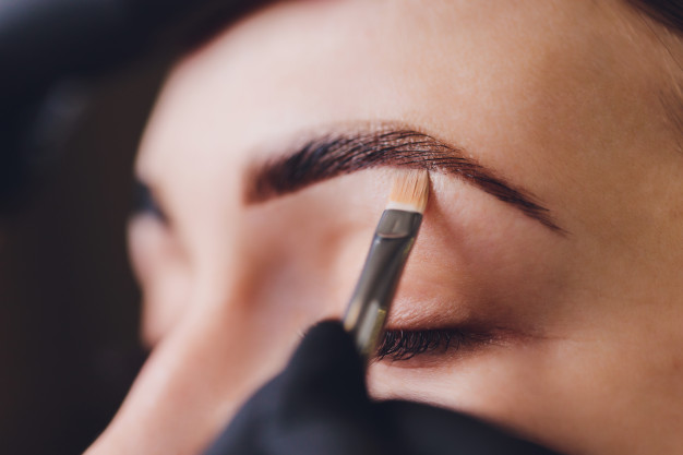 bridal makeup mistake-overdoing eyebrows