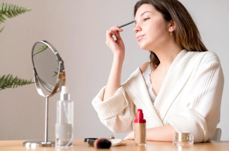 eyebrow grooming tips