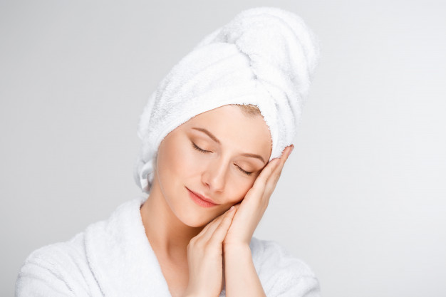 women with clear and radiant skin