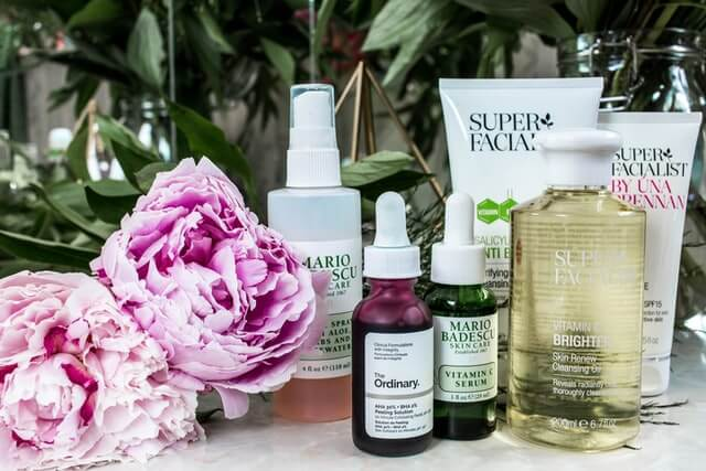 charisse kenion 3bdSGpKVAmk unsplash 1 6 Benefits of Face Serum for Healthy Skin