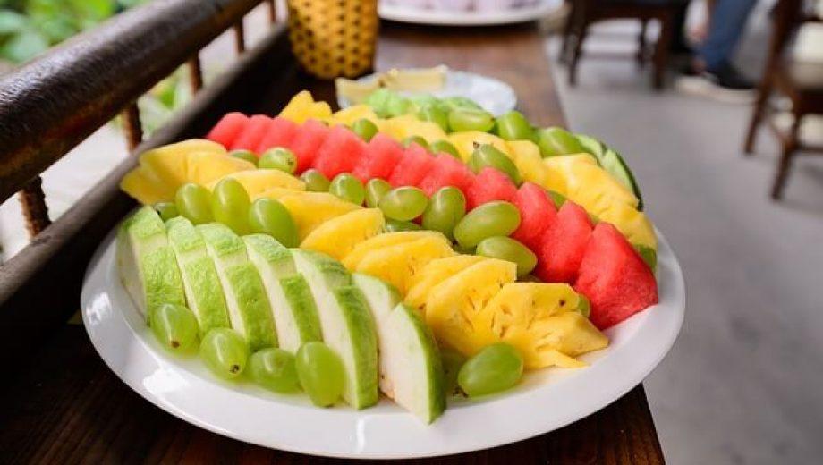 fruit-gc9e950e17_640 (1)